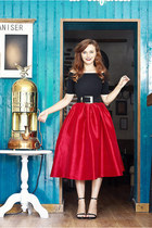red Choies skirt - black OASAP top - black Zara sandals