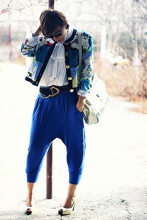 blue Bershka pants - gold vintage accessories
