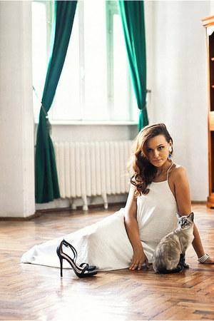 white maxi Zara dress - black ankle strap Zara sandals