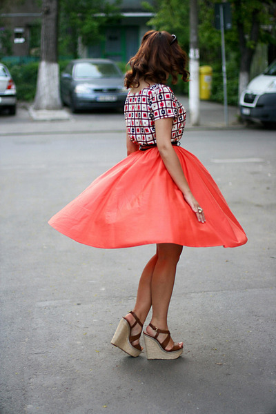 carrot orange circle River Island skirt - brown wedges Zara shoes