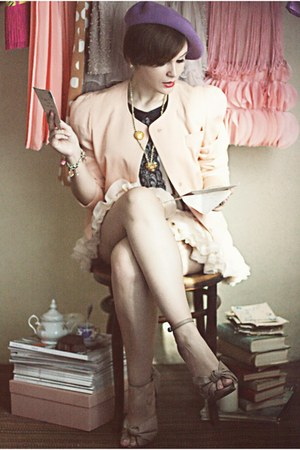 beige Zara shoes - light pink vintage blazer - off white chiffon Oasapcom skirt