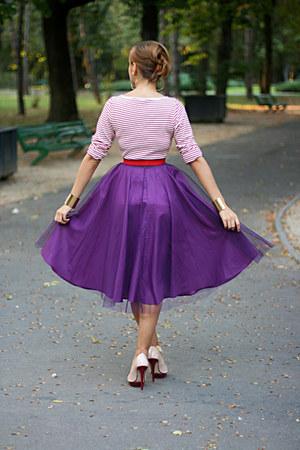 magenta thrifted skirt - beige Zara shoes