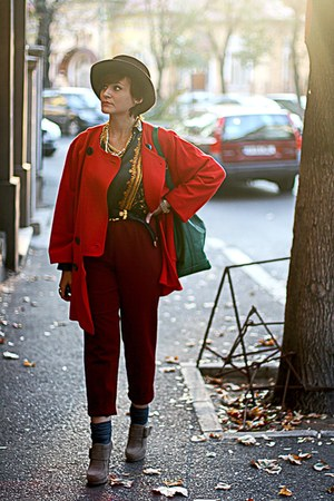 red vintage Pierre Cardin coat - heather gray Forever 21 shoes