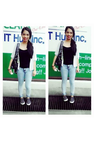black Sophie Paris bag - light blue von dutch jeans - black so-en top