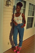 hot pink pink heels shoes - blue mom jeans Levis jeans