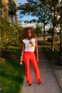 White-t-shirt-red-bell-slit-pants-forever-21-pants