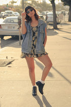 Wednesday Collection ring - just fab boots - daisy brandy melville dress