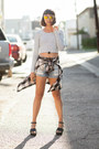 Heels-dolce-vita-shoes-ripped-jeans-minkpink-shorts