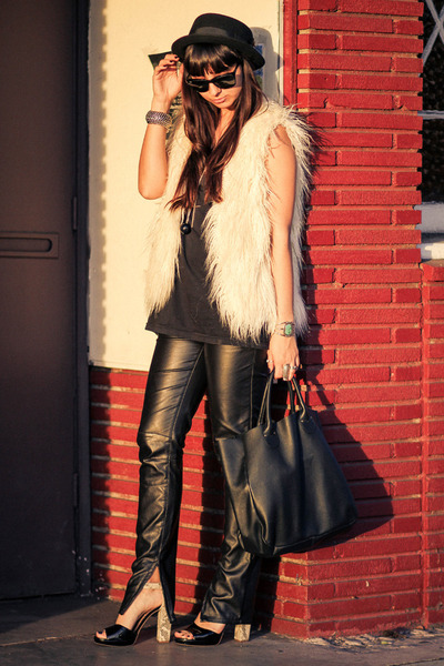 leather Barneys CO-OP bag - faux leather 2b by bebe pants - Sole Society heels