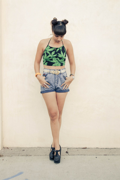 crop top leaves Motel Rocks top - heels Miista shoes - acid wash vintage shorts