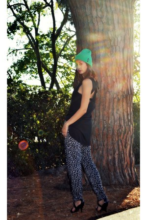 Billabong hat - foreign exchange top - cotton on pants - Aldo heels