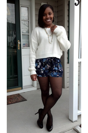 beaded Charlotte Russe necklace - cropped Forever 21 sweater - George tights