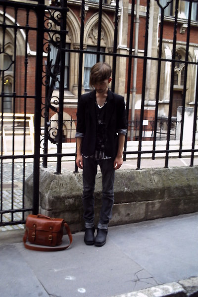 vintage blazer - Self Styled t-shirt - Zara t-shirt - All Saints jeans - Cowboy