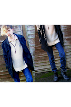 black Vintage Next jacket - white Vintage Fred Perry top - blue Levis jeans - bl