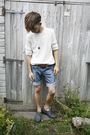 white vintage jumper