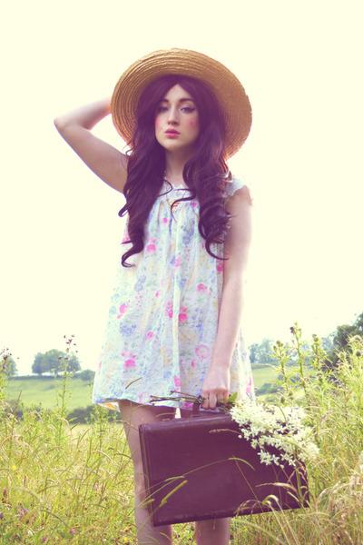 tan straw hat vintage hat - light blue 9CrowStreet dress - brown vintage bag