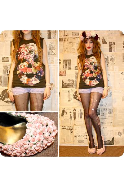 DIY heels - DIY tights - romwe shorts - youreyeslie top - DIY accessories