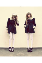 black Topshop coat - ivory cream beret Topshop hat