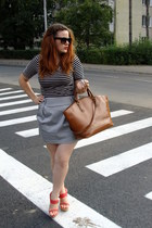black striped H&M top - brown Zara bag - silver Orsay skirt - red Matarro wedges