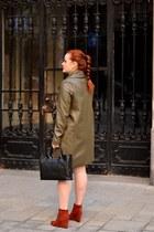 black CAKO dress - brick red Deichmann boots - army green CAKO coat
