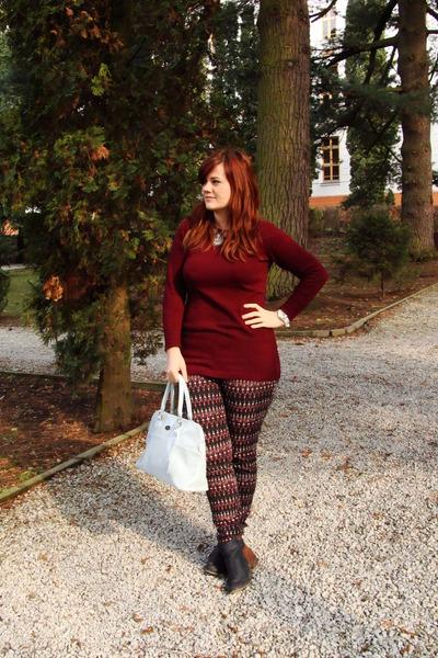 aggressive sweater - Orsay bag - printed H&M pants
