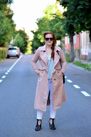 light pink trench style moi coat - black cross body Zara bag