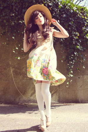 eggshell Flutterby Daisy dress