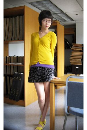 gold H&M cardigan - purple Old Navy - black Secondhand skirt - yellow Bandolino