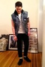 Classic-docs-doc-martens-shoes-black-levis-jeans-denim-levis-vest-vest