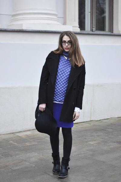 black leather BiboB boots - black wool La Redoute coat