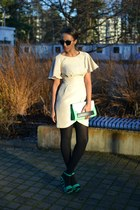 beige warehouse dress - H&M purse - green Aula Aila wedges