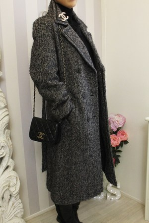 wool vintage coat - leather Chanel bag - coco chic Zara jumper
