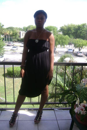 black Forever21 dress - black Deichmann shoes - thrifted accessories