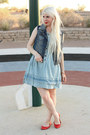 Blue-denim-levis-dress-red-kate-spade-bracelet