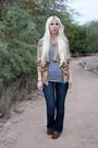 Brown-minnetonka-shoes-blue-levis-jeans-heather-gray-american-apparel-shirt