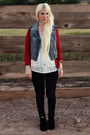 Black-blowfish-boots-black-levis-jeans-blue-jean-urban-outfitters-vest
