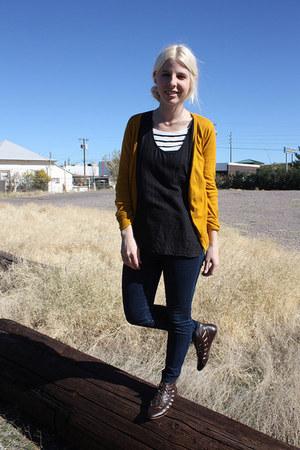dark brown Jeffrey Campbell boots - blue Levis jeans - white H&M shirt - black R