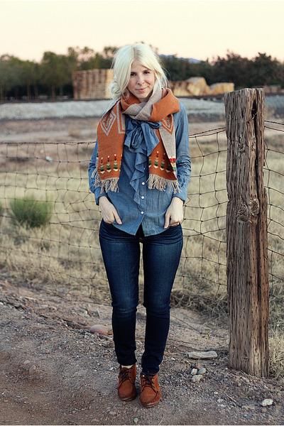 a8e8aba2aa burnt orange wool Pendleton scarf - dark brown leather Minnetonka shoes