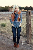 burnt orange wool Pendleton scarf - dark brown leather Minnetonka shoes