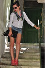 Zara-scarf-zara-bag-h-m-shorts-prince-ny-london-watch-terranova-blouse