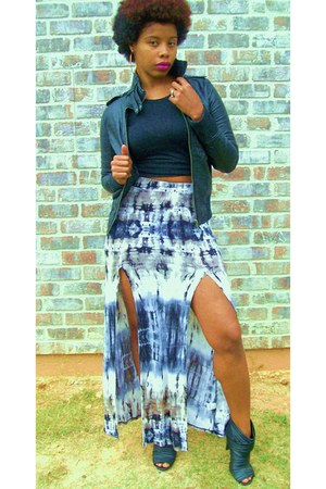 tie dye skirt - black leather boots - black leather jacket