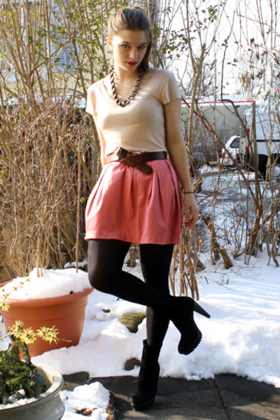 black Zara boots - beige Uniqlo t-shirt - pink GINA TRICOT skirt - silver The Sc