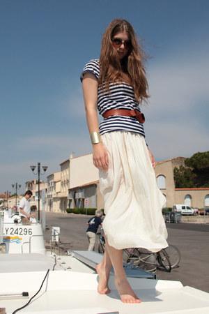 ivory silk vintage skirt - navy striped Zara t-shirt - H&M bracelet - tawny H&M