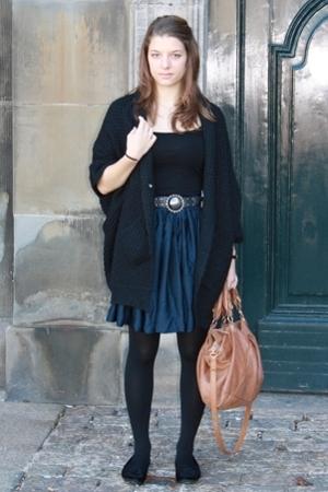 H&M Trend skirt - Zara belt - Vero Moda vest
