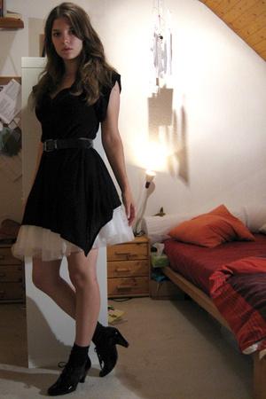 Zara top - H&M Kids skirt - H&M shoes - belt