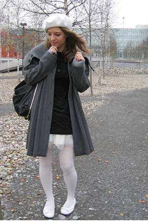 H&M Trend coat - Kids Department shirt - tights - shoplush shoes - shorts - H&M