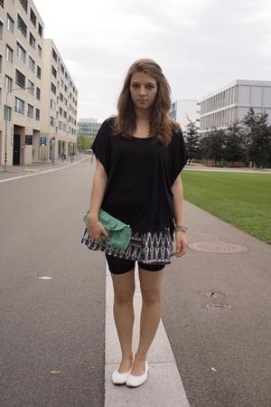 Vero Moda t-shirt - H&M skirt - Mango