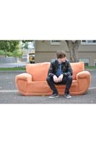 Vans shoes - Bullhead jeans - leather jacket - denim shirt