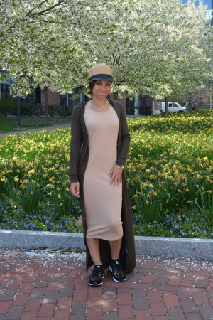 olive green maxi Urban Outfitters cardigan - beige bodycon Forever 21 dress