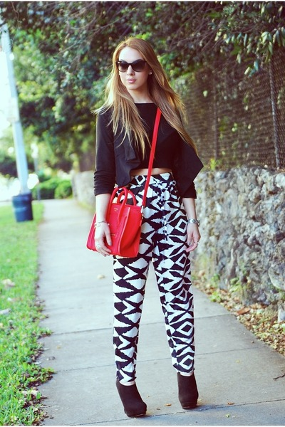 emporio armani blazer - Celine bag - Hot Miami Styles pants